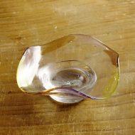 g3153-30-1 9.7x9.8x3.3変形色彩ガラス小皿