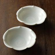 w1061青磁花形小皿