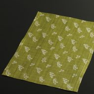 b1092-35-1 35.5×24.8遊 抹茶白葉柄麻ランチョン