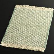 b5075-25-1 45.5×30.0草色と生なりチェックランチョン(房つき)