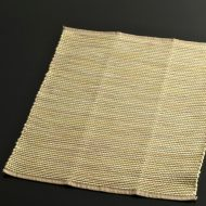 b5078-25-1 43.0×33.5濃いベージュに黄系線入り厚手ランチョン