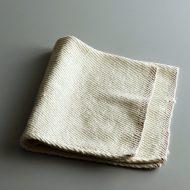 b7240-15-1 54.0x54.0コットンふち赤刺繍ナフキン