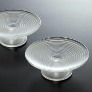 g1801-30-2 φ10.6x3.9乳白足付ガラス皿