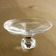g1850-110-1 φ11.0x5.6ガラス高台皿 大 (井上 美樹)