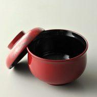 s1085-80-1 φ8.3x6.5朱中黒蓋牡丹刻小碗