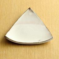 w1516-30-1*12.7x13.3粉引き白三角皿