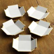w1720-45-5*9.8x9.8x1.8白磁金彩十字小皿