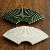 w2001-90-1*φ16.5x2.6深川製陶 朱/金柄梅皿