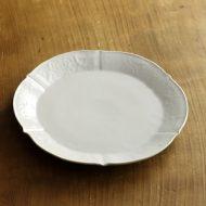 w2005-150-1*φ18.5白つや花輪花刻皿 (岡 晋吾)