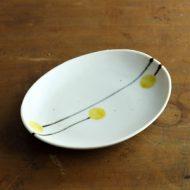 w2188-651*17.7x13.8白黄小花だ円皿