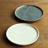 w2323-601*φ16.8平小皿 粉引き、青 (八木橋 昇)