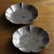 w2330-752*φ15.0x2.7鉄釉5寸花形皿