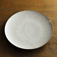 w2698-1201 φ22.5薄グレーチタン釉7寸皿(高田志保)