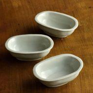 w3023-30-3 10.0x6.5x3.2有田製窯白釉楕円豆鉢