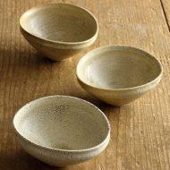 w3033-60-3 10.5x9.3x5.0黄粉引き貫入楕円豆鉢