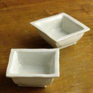 w3092-30-2 7.3x7.2x3.1青磁角豆鉢