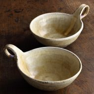 w3587-100-1 18.5x13.8x5.2ベージュ片手つき鉢(八木橋 昇)