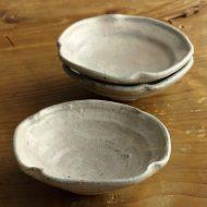 w3738-30-3 13.0x12.7粉引きグレー四方つまみ鉢