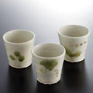 w6037-25-1 φ7.0x7.8白釉淡緑柄湯呑