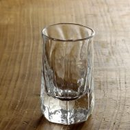 w6305-90-1 φ5.0x8.4ぐい飲みグラス(西山茉希)