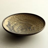w7002-120-1 φ18.2x4.1砂金釉薬鉢(中村 豊実)