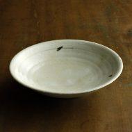w7101-65-1 φ18.5x4.5粉引き鉄ライン平鉢