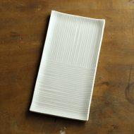 w8291-65-1 18.7x9.4薄緑格子ストライプ平長皿(黒木 泰等)