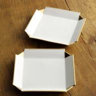 w8752-45-2 13.5x13.5x1.8白磁金彩十字皿