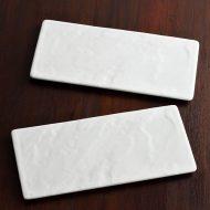 y2325-40-1 23.6x11.0白つや石風凹凸長角皿