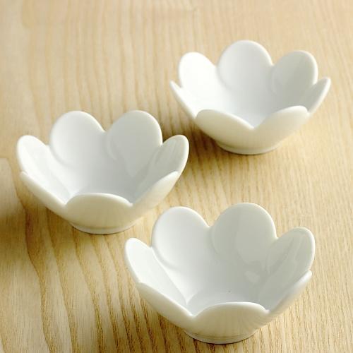 y4821-15-3 φ8.0x3.5花形白豆鉢