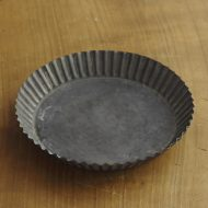 y9026-30-1 φ16.0x2.2タルト型風金属皿